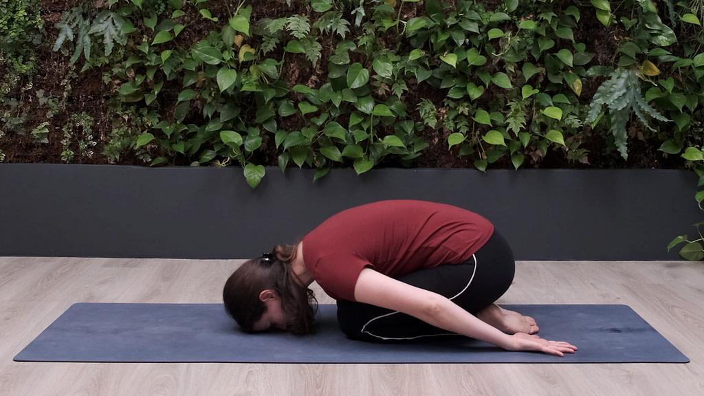 7 exercices de Yoga pour équilibrer vata dosha