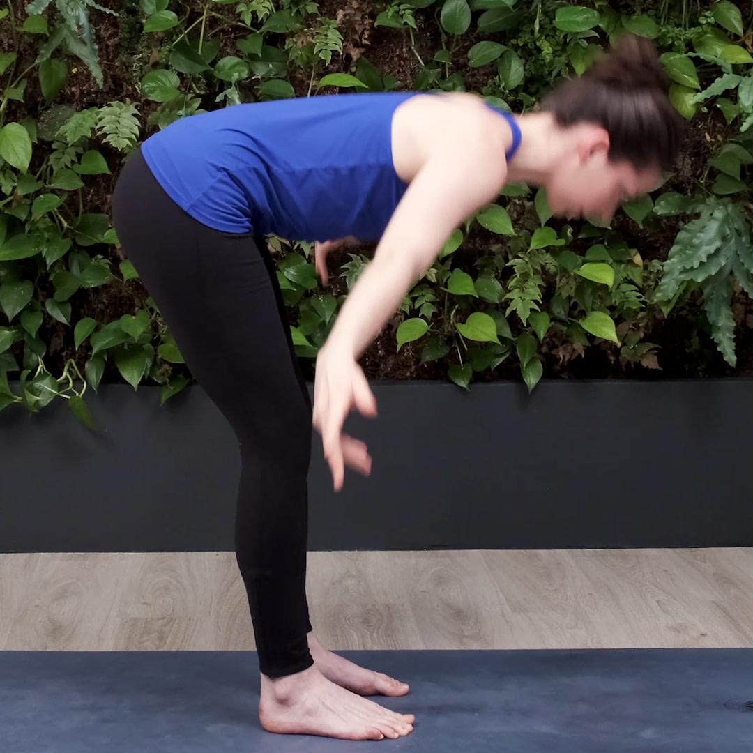 Soulevez les bras sur les côtés pour mettre moins de stress sur le bas du dos